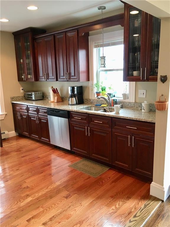 28 Anthony St, East Providence, RI 02914 (MLS #1186610) :: Westcott Properties