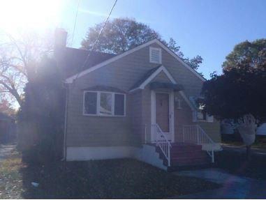 180 West Forest Av, Pawtucket, RI 02860 (MLS #1195501) :: The Martone Group
