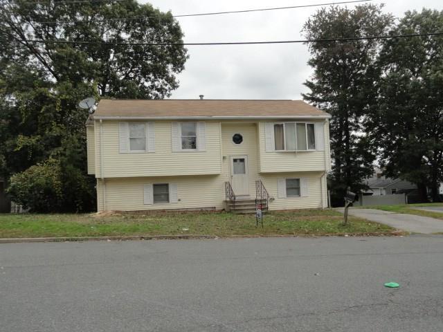 12 Linda Ct, Providence, RI 02904 (MLS #1202354) :: Onshore Realtors