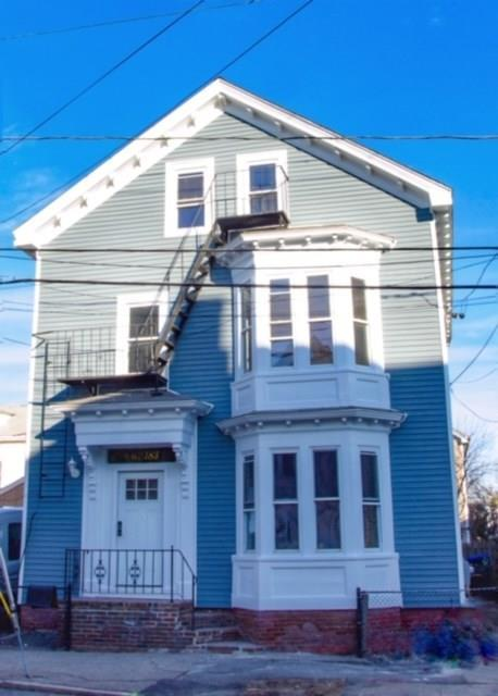 183 Ives St, Providence, RI 02906 (MLS #1212788) :: The Martone Group