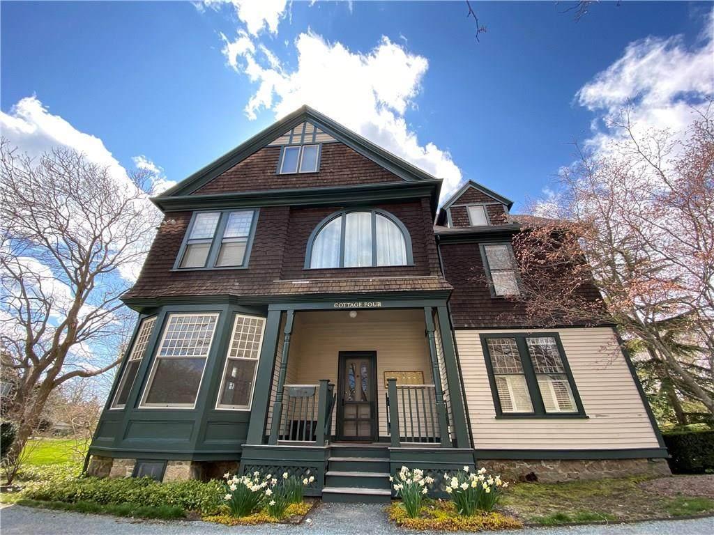 158 Narragansett Avenue - Photo 1