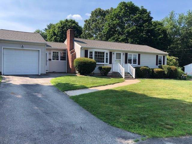 8 Russell Lane, Smithfield, RI 02917 (MLS #1235303) :: Spectrum Real Estate Consultants