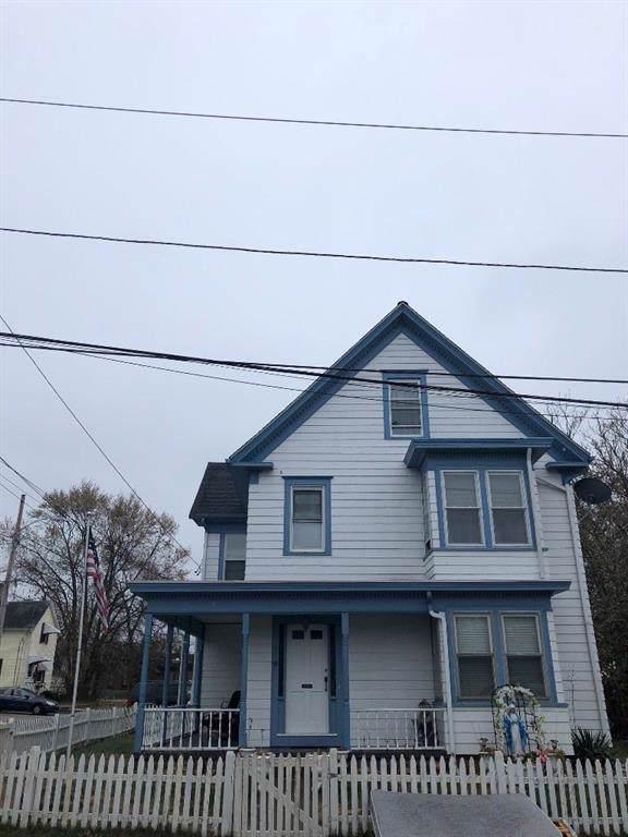 20 Oak Avenue, East Providence, RI 02915 (MLS #1241511) :: The Seyboth Team