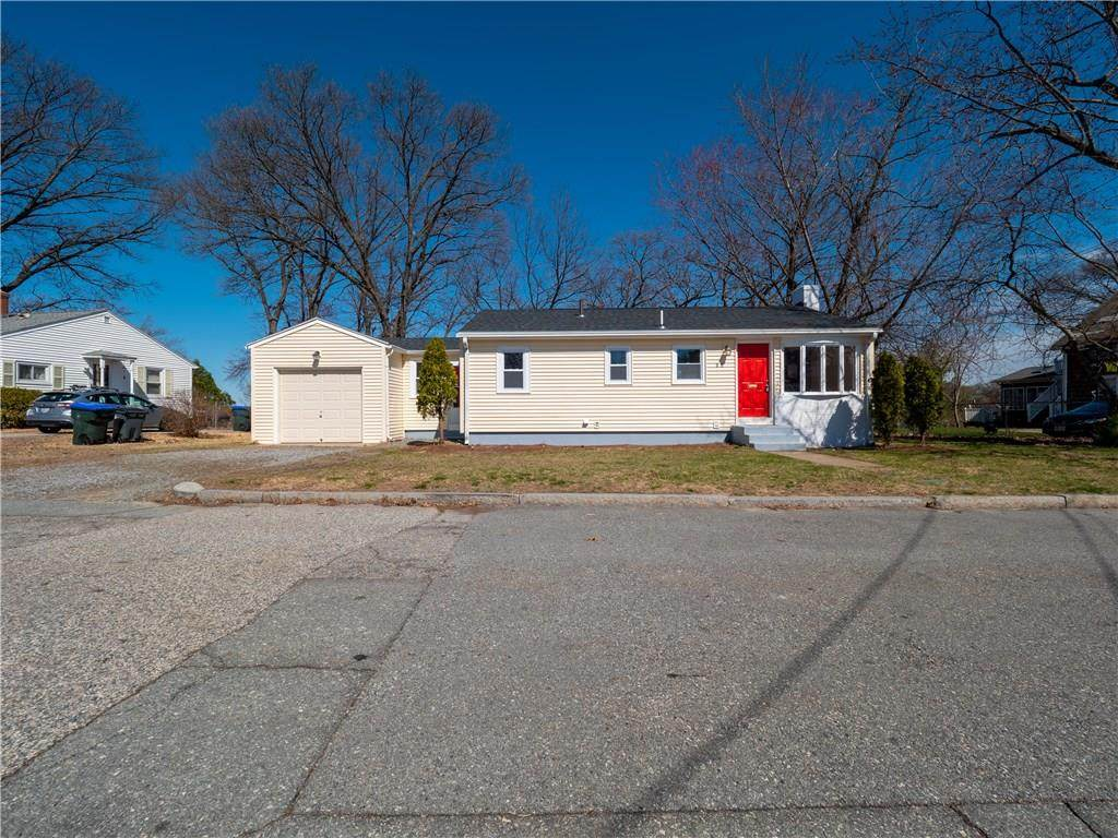 80 Lakeview Drive - Photo 1
