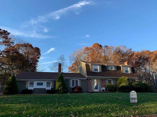 27 Ridgeland Drive, Cumberland, RI 02864 (MLS #1268975) :: Welchman Real Estate Group
