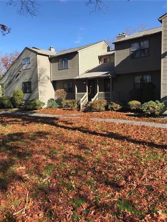 2303 Pine Wood Drive #2303, Smithfield, RI 02917 (MLS #1270107) :: The Martone Group