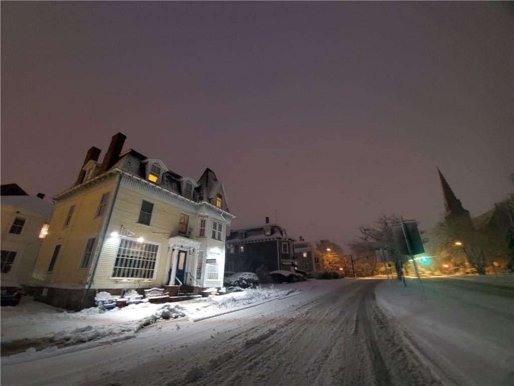 111 Memorial Boulevard - Photo 1