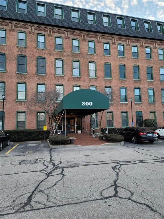 300 Front Street #209, Pawtucket, RI 02860 (MLS #1273282) :: Edge Realty RI