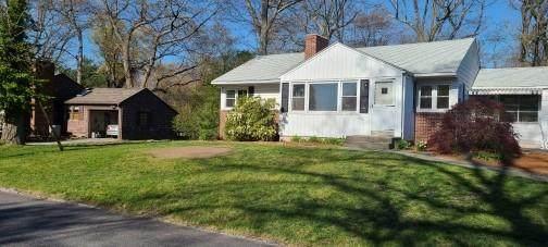 146 Whitewood Drive, Cranston, RI 02920 (MLS #1280675) :: Spectrum Real Estate Consultants