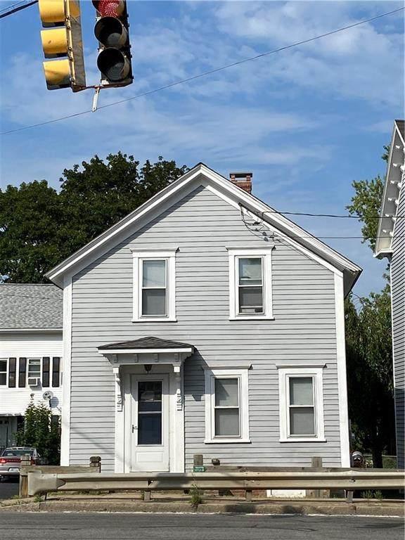 1547 Mendon Road, Cumberland, RI 02864 (MLS #1281289) :: The Martone Group