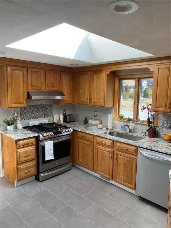 53 Oberlin Drive, Warwick, RI 02886 (MLS #1285677) :: Chart House Realtors