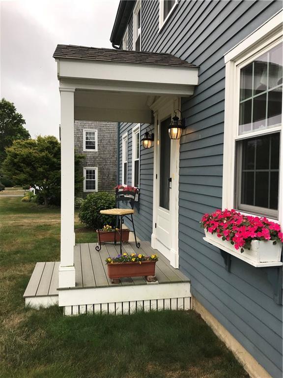 130 Sweet Farm Rd, Portsmouth, RI 02871 (MLS #1199073) :: Welchman Real Estate Group   Keller Williams Luxury International Division