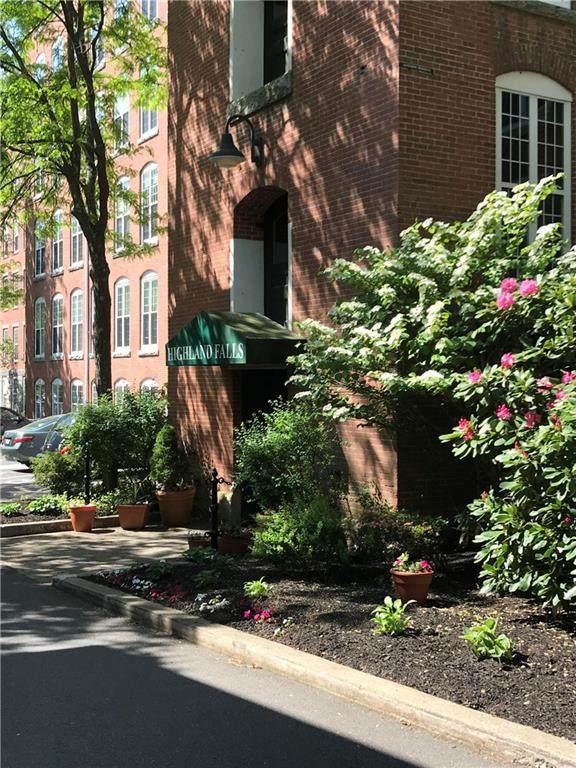 2 School Street #410, Lincoln, RI 02802 (MLS #1257479) :: Spectrum Real Estate Consultants