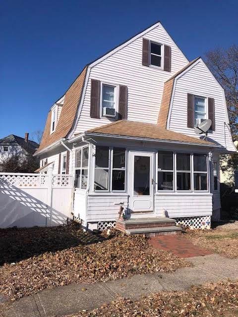 27 Cliffdale Avenue, Cranston, RI 02905 (MLS #1240460) :: The Martone Group