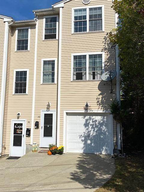 26 Seventh Street #2, East Side of Providence, RI 02906 (MLS #1267361) :: Welchman Real Estate Group