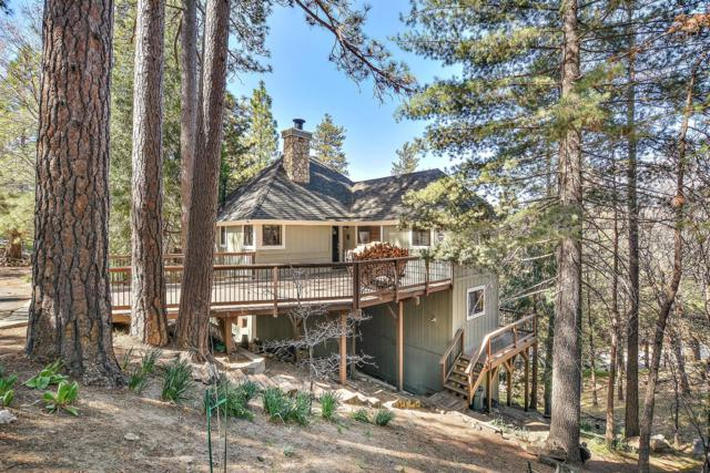 180 Grizzly Road, Lake Arrowhead, CA 92352 (#2180623) :: Angelique Koster