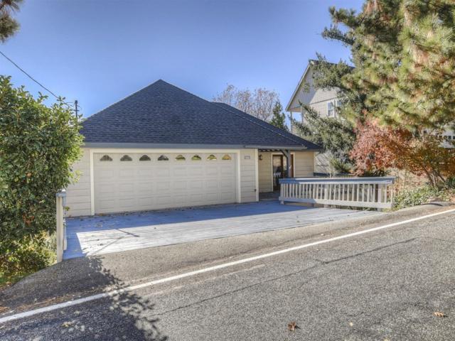 27775 Matterhorn Drive, Lake Arrowhead, CA 92352 (#2182120) :: Angelique Koster