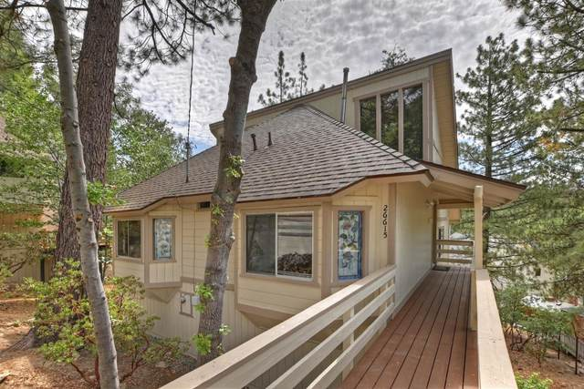 26615 Modoc Lane, Lake Arrowhead, CA 92352 (#2301379) :: Koster & Krew Real Estate Group | Keller Williams