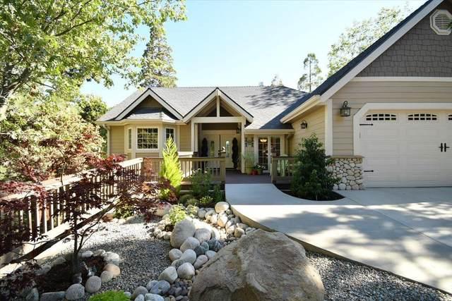 370 Rainier Road, Lake Arrowhead, CA 92352 (#2301390) :: Koster & Krew Real Estate Group | Keller Williams
