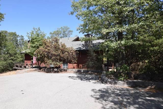 1076 Oak Lane, Lake Arrowhead, CA 92352 (#2301392) :: Koster & Krew Real Estate Group | Keller Williams