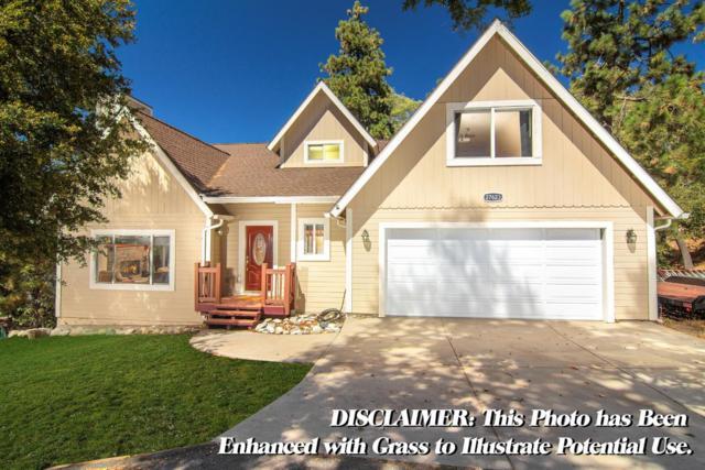 27623 St. Bernard Lane, Lake Arrowhead, CA 92352 (#2181733) :: Angelique Koster