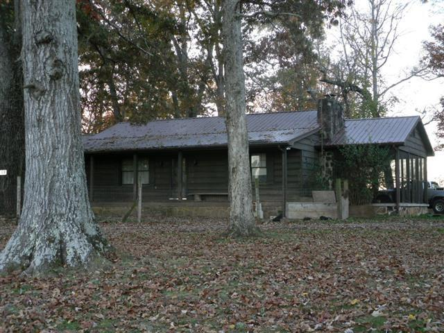118 Henderson Drive, Madisonville, TN 37354 (#20176347) :: Billy Houston Group