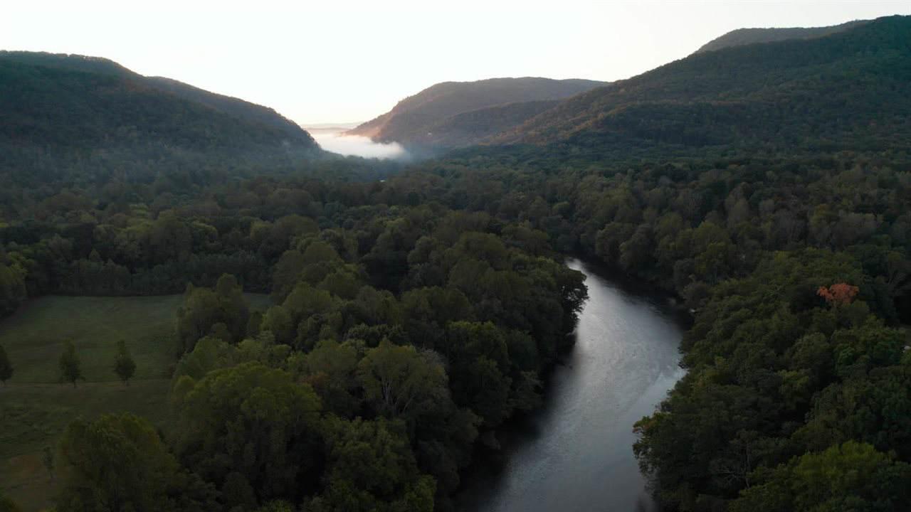 https://bt-photos.global.ssl.fastly.net/rivercounties/orig_boomver_1_20196593-2.jpg