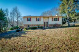 165 Sierra Drive, Dayton, TN 37321 (MLS #20196974) :: The Edrington Team