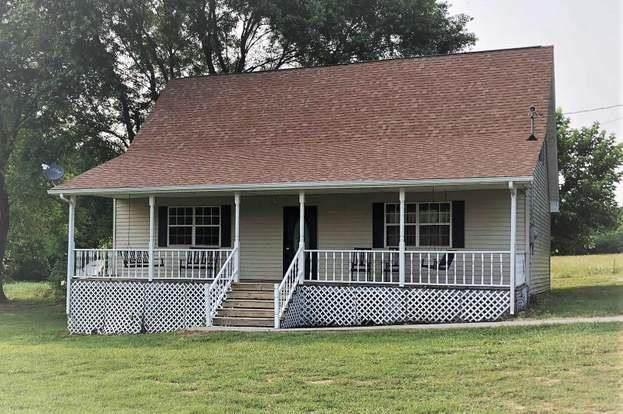 10915 Bold Springs Rd, McEwen, TN 37101 (MLS #20209641) :: The Mark Hite Team