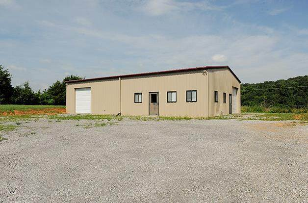 4152 Highway 11 - S, Riceville, TN 37370 (MLS #20210385) :: The Jooma Team