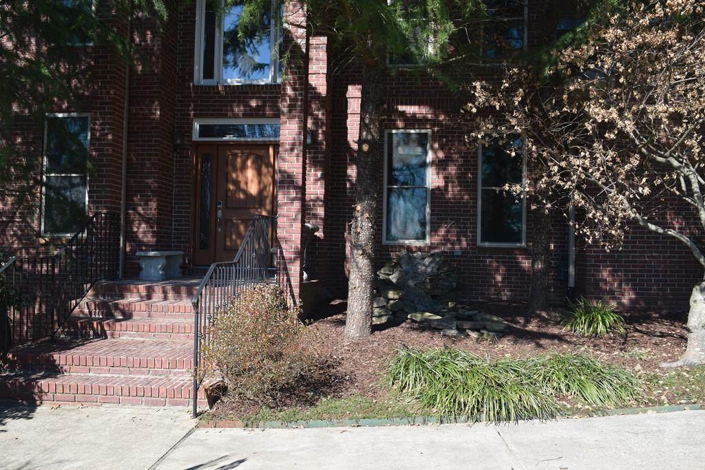 5415 Woodbridge Drive - Photo 1