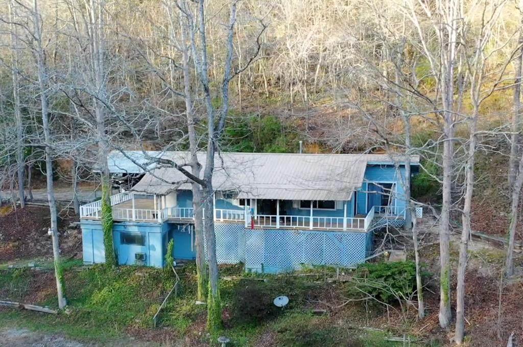 1282 Lodge Road - Photo 1