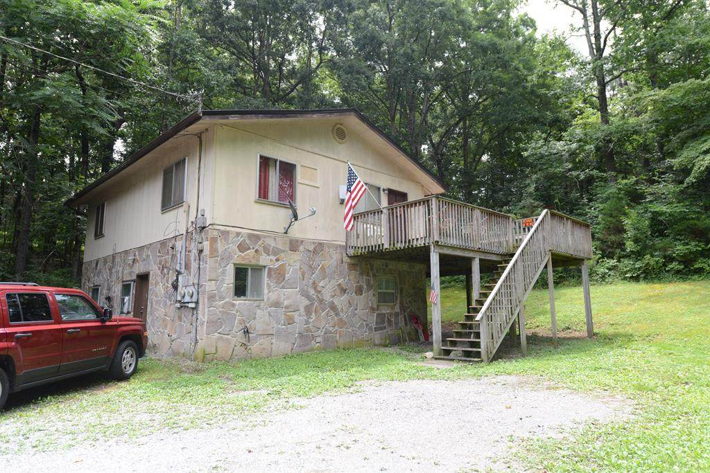 393 Maley Hollow Road - Photo 1