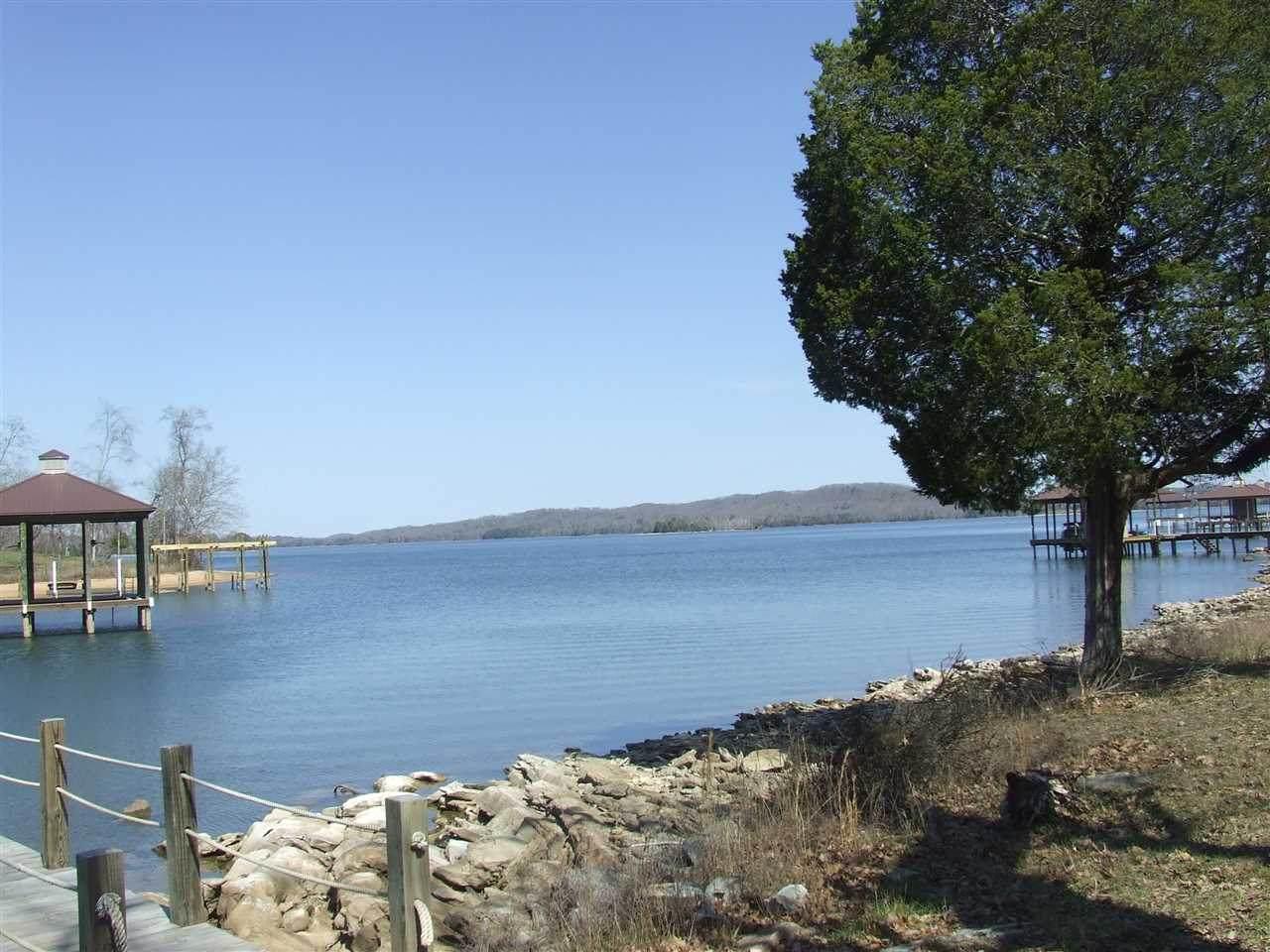 165 Shoreline Drive - Photo 1