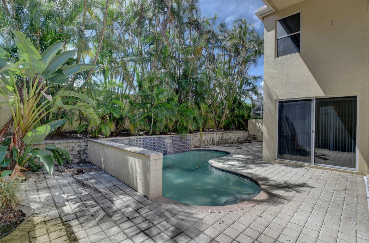 6515 43 Terrace - Photo 1