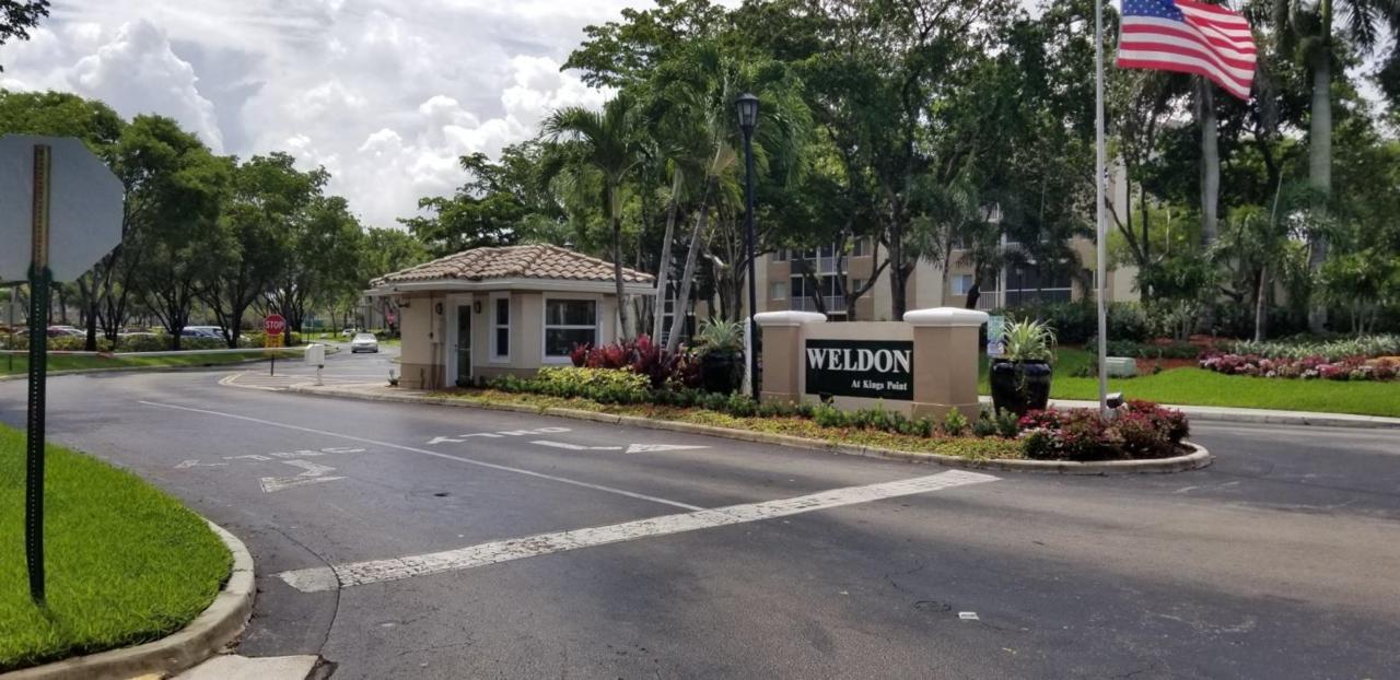 9511 Weldon Circle - Photo 1