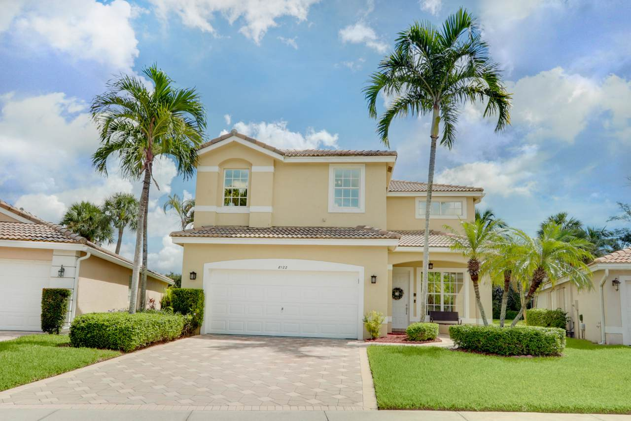 8122 Palm Gate Drive - Photo 1