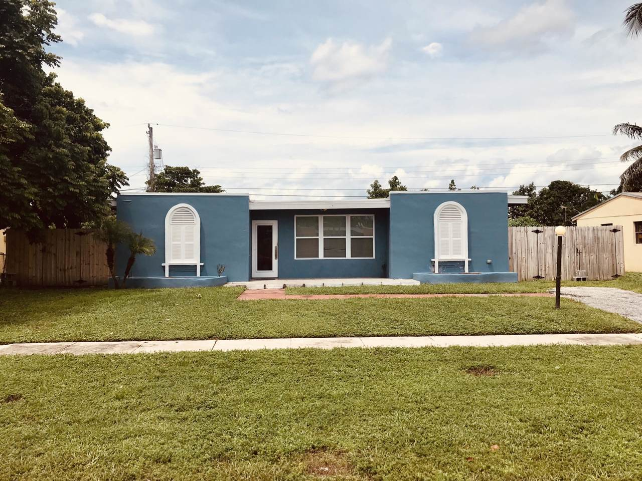 419 Pensacola Drive - Photo 1