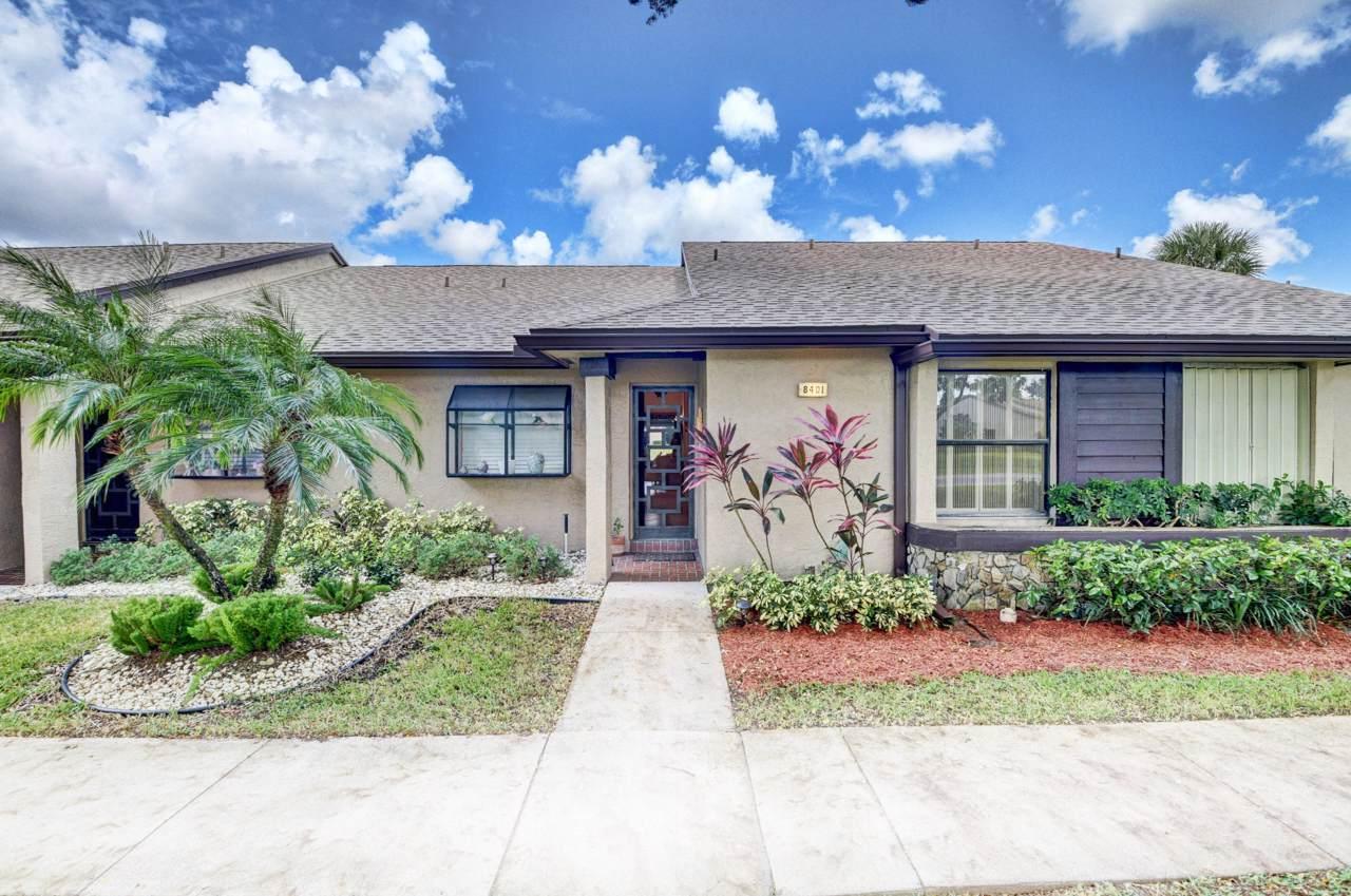 8401 Boca Glades Boulevard - Photo 1