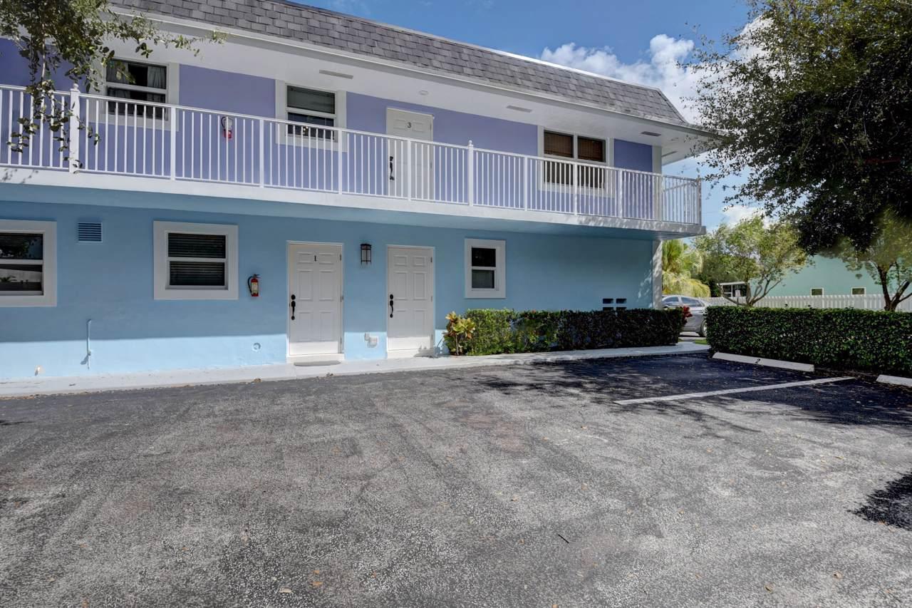2243 Florida Boulevard - Photo 1