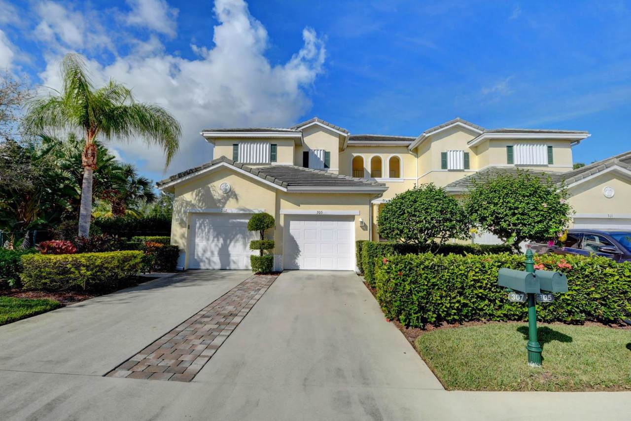 305 Southstar Drive - Photo 1