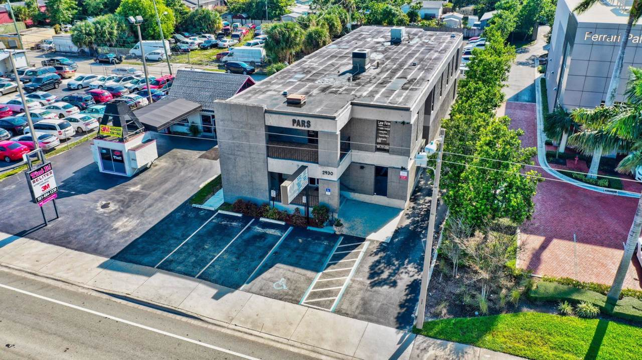 2930 Okeechobee Boulevard - Photo 1