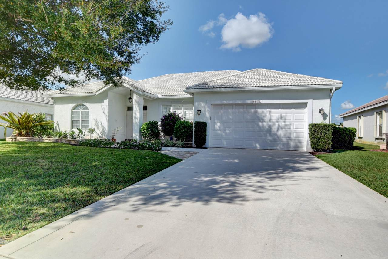 6272 Floridian Circle - Photo 1