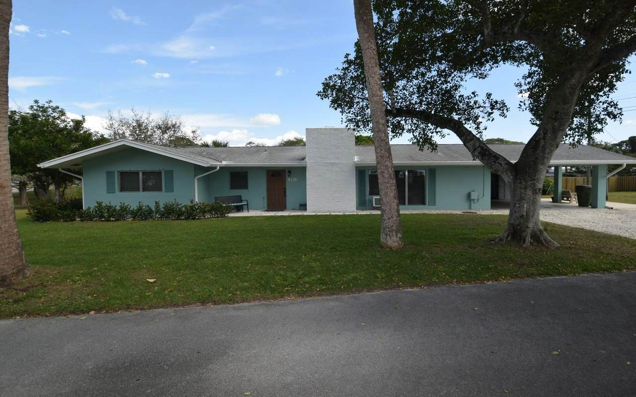 531 Lake Clare Place - Photo 1