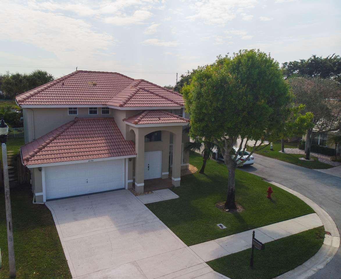 10190 Aqua Vista Way - Photo 1