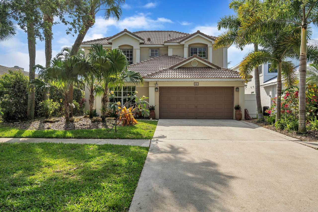 555 Enfield Court - Photo 1