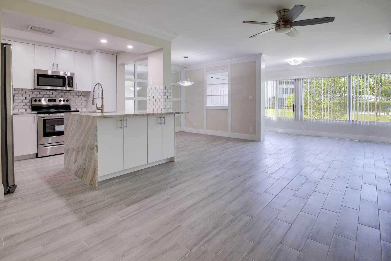 3186 Via Poinciana - Photo 1