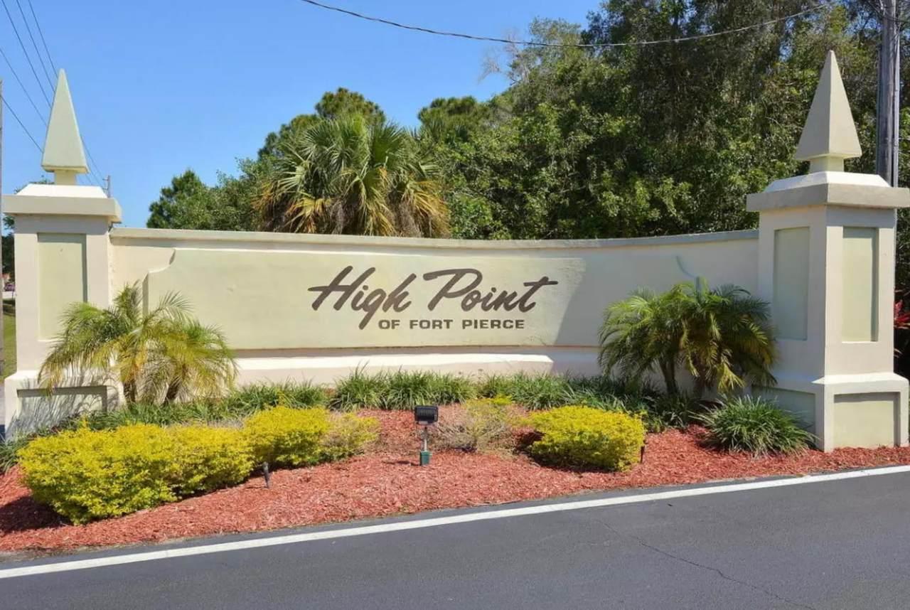 733 High Point Boulevard - Photo 1