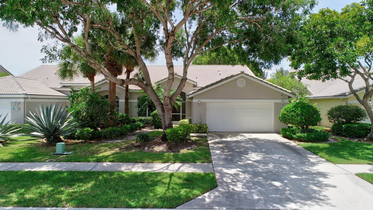 8943 Brittany Lakes Drive - Photo 1