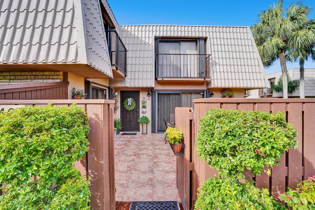 5401 54th Way - Photo 1